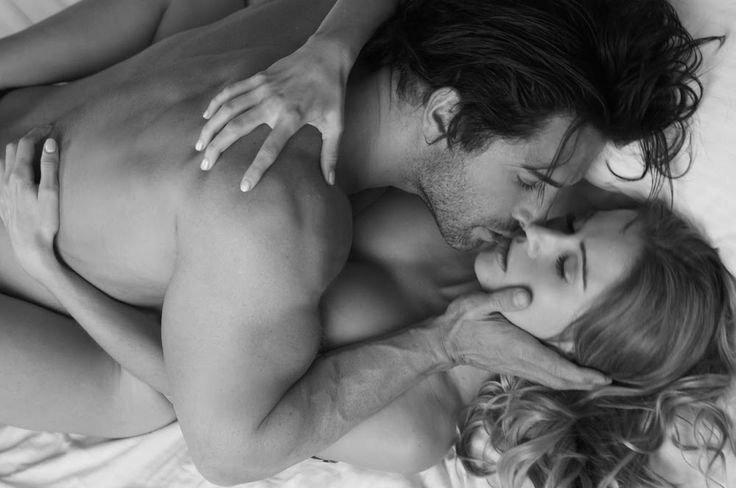 фото страстных поцелуев и интимных прикосновений