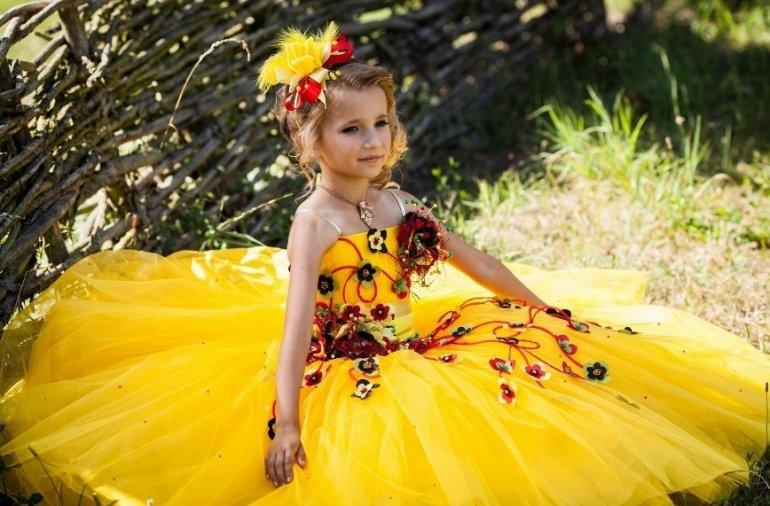 как сшить желтое платье для девочки на праздник