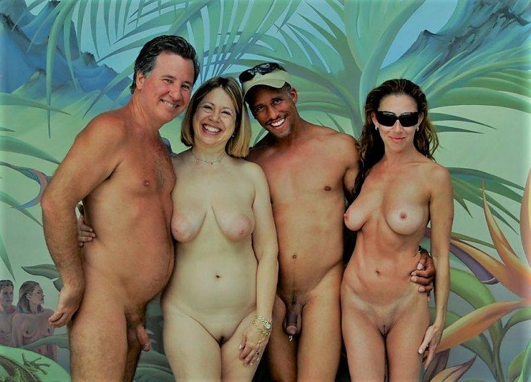 Сиськи видео голой семьи туризм куба порно