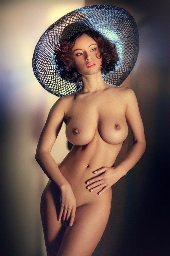 элегантная голая дама древних помпеях