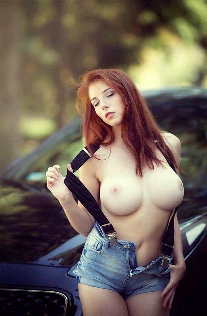 вообще здесь просмотр видео рыжая красотка с большой грудью скрытую камеру групповуху