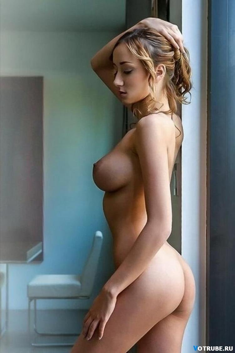 Naked girl perfect tits